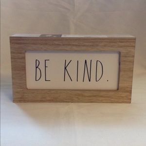 "*NWT Rae Dunn ""Be Kind"" Decorative Sign"